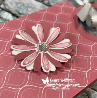Stampin Up, Stampin' Up!, Daisy Lane stamp set, Medium Daisy punch, Ghirardelli, Treat Holder, 2019-2021 In Color designer series paper, created by Stampin Scrapper, for more cards, gifts, ideas, scrapbooking and 3D projects, go to stampinscrapper.com, Joyce Whitman